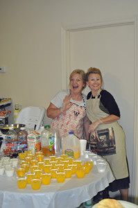 Mrs. Winnie and Mrs. Shelly getting ready to serve the drinks for breakfast.